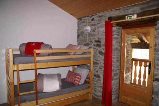 dortoir Albaron ,  le plus spacieux du gîte